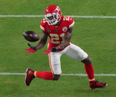 Kansas City Chiefs re-signing CB Bashaud Breeland, add TE Ricky Seals-Jones