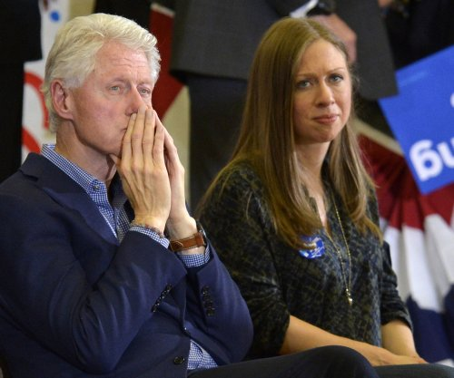 Chelsea Clinton accidentally calls Bernie 'President Sanders'