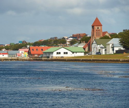 U.N. commission says Falkland Islands lie in Argentinian waters