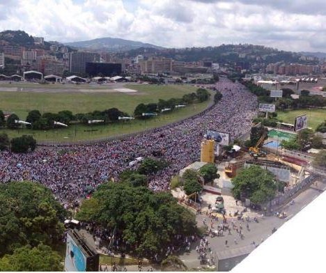 Venezuelan police officer killed during anti-government protest