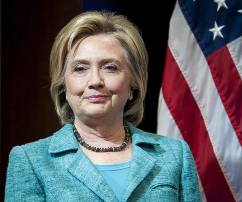 Pentagon discovers new undisclosed email chain between Clinton, Petraeus