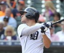 Detroit Tigers CF JaCoby Jones hit in face by pitch, leaves game