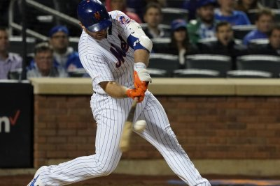 Mets' Pete Alonso sets rookie record with 53rd homer