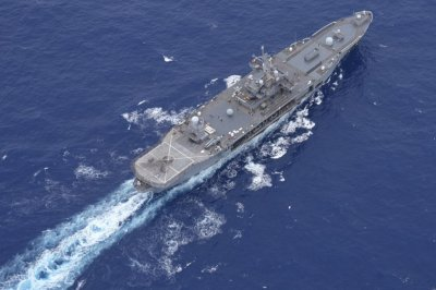 USS Blue Ridge breaks record with 65-day underway record