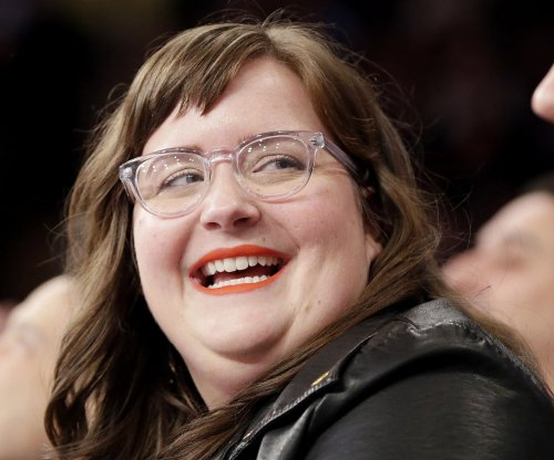 Aidy Bryant of 'SNL' engaged to Conner O'Malley