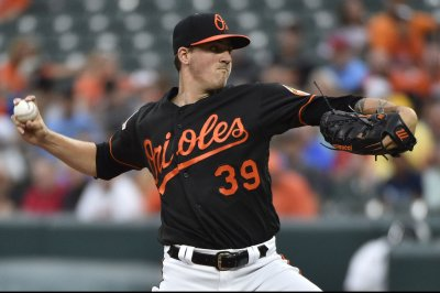 Orioles look to even series with Mariners