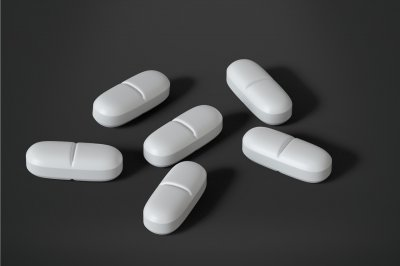 Study: Opioids increase risk of death in older adults after outpatient surgery