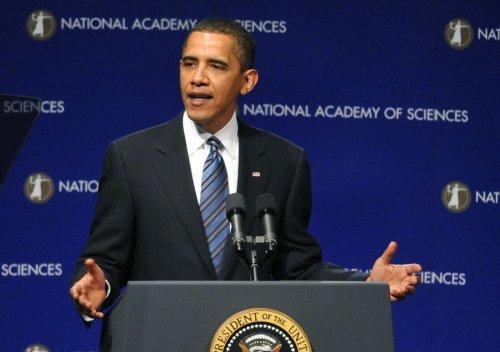 Swine flu no cause for alarm, Obama says