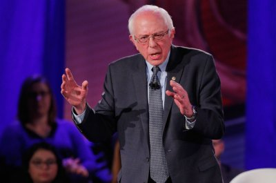 Sanders campaign raises $20 million in 31 days before Iowa caucuses