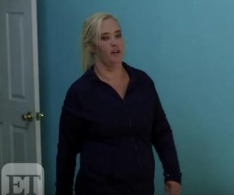 Mama June unveils weight loss in 'From Not to Hot' preview