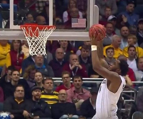 Avery Woodson shoots Butler past Winthrop