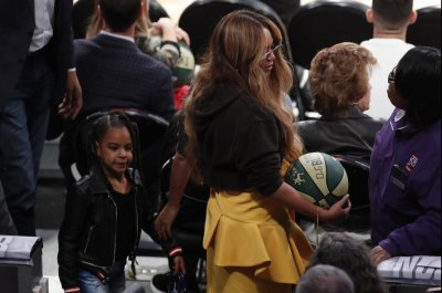 Beyonce, Blue Ivy hang out courtside at NBA All-Star Game