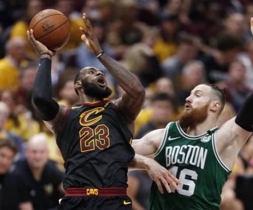 Pressure squarely on LeBron James, Cavaliers in Game 6 vs. Celtics