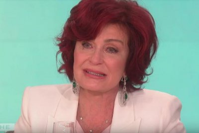 'The Talk' hosts say goodbye to Sara Gilbert