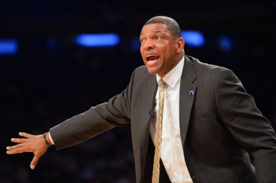 Clippers sign Doc Rivers as head coach