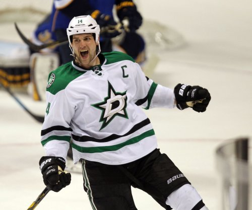 Benn's hat trick leads Dallas Stars over St. Louis Blues