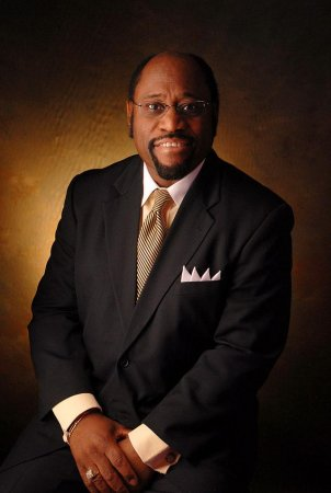 Bahamas jet crash kills 9, including prominent preacher Myles Munroe