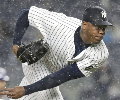 Yankees' land Cubs' top prospect in Aroldis Chapman trade