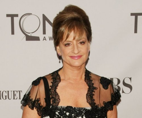 Patti LuPone to guest star on 'Crazy Ex-Girlfriend'