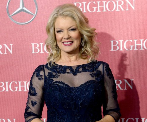 Mary Hart to receive Lifetime Achievement Award at the Daytime Emmys ceremony
