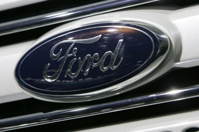 Ford expands safety recall for 1.3M F-150, Super Duty trucks