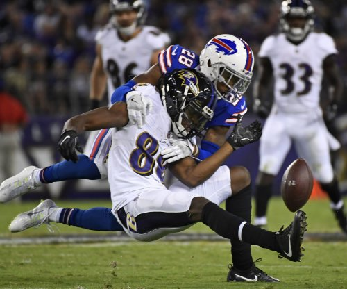 Buffalo Bills CB E.J. Gaines departs with hamstring injury vs. Tampa Bay Buccaneers