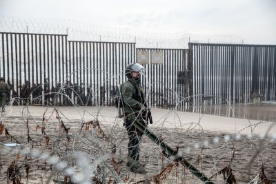 Study: Blocking by U.S. border sentries, wait lists spur border crossings