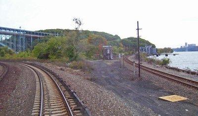 New York train derailment kills four
