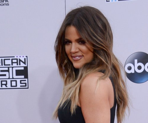 Khloe Kardashian shares new blonde look on Instagram
