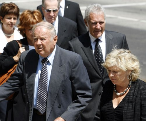 'Eight is Enough' actor Dick Van Patten dies at age 86