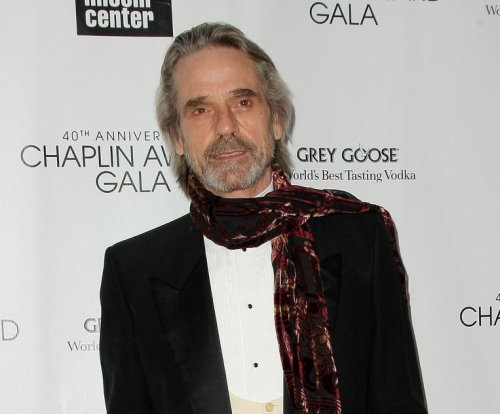 Jeremy Irons on 'Batman v Superman': 'It was very muddled'