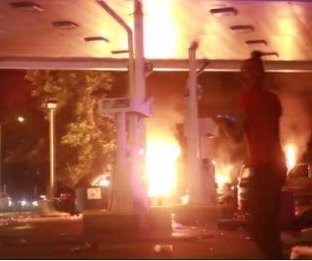 Milwaukee crowd turns violent after police killed armed man