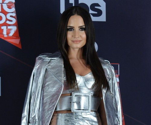 Demi Lovato and Ariel Winter to attend 'Smurfs' premiere in Culver City