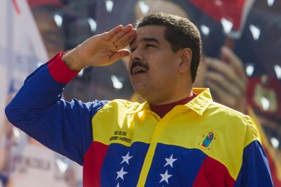 U.S. sanctions 13 past and present Venezuelan officials before election