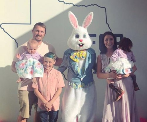 Bristol Palin, Dakota Meyer spend Easter with kids after split