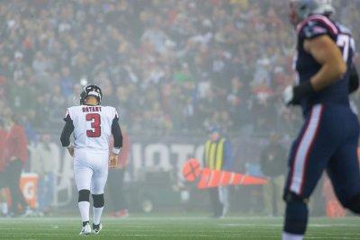 Falcons cut veteran kicker Matt Bryant