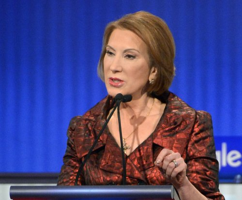 Carly Fiorina pledges to help elect 'conservative outsiders'