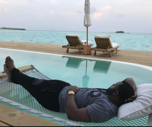 Mark Ingram enjoying Maldives honeymoon