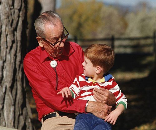Grandparents help shape kids' views on aging