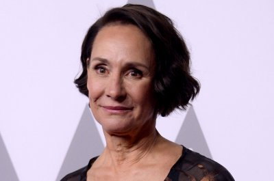 Laurie Metcalf, John Lithgow to star in 'Hillary and Clinton'