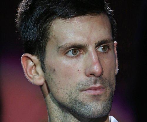 Novak Djokovic, Serena Williams advance at Indian Wells