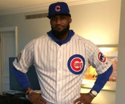 Watch: LeBron James pays up for Dwyane Wade's Chicago Cubs bet