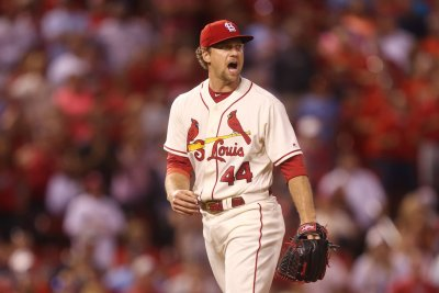St. Louis Cardinals closer Trevor Rosenthal to have Tommy John surgery, out for season