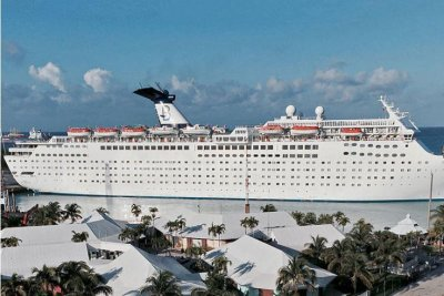 FEMA charters cruise ship for National Guard in U.S. Virgin Islands