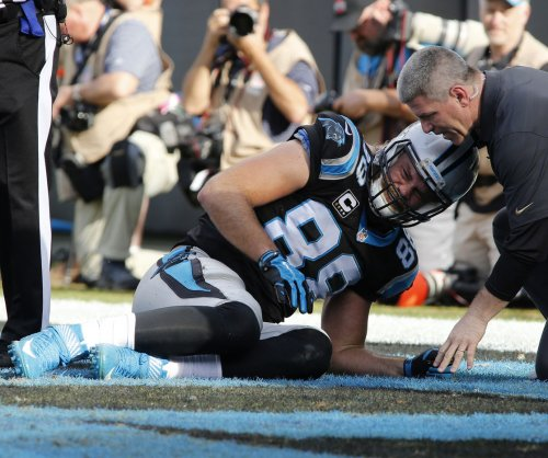Carolina Panthers TE Greg Olsen officially put on IR with broken foot
