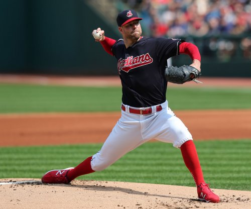 Corey Kluber, Cleveland Indians end Seattle Mariners' playoff hopes