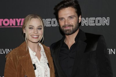 Margot Robbie says 'brawl' with Sebastian Stan was cut from 'I, Tonya'