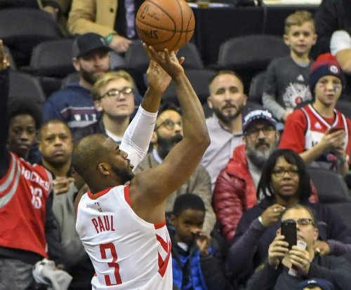 Red-hot Houston Rockets hope to avoid trap vs. Dallas Mavericks