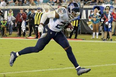 Fantasy football playoffs: Henry, Montgomery lead Week 16 running back rankings