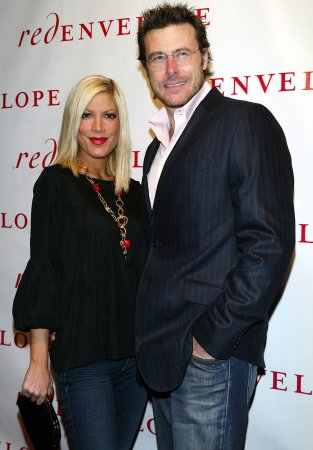 Tori Spelling delivers baby girl